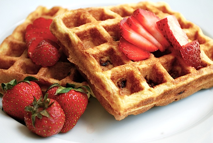 strawberry buttermilk waffles
