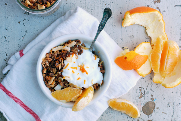 toasted coconut granola // brooklyn supper