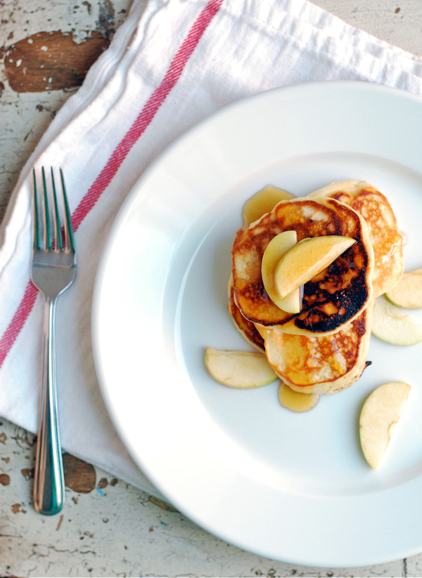 apple pancakes // brooklyn supper