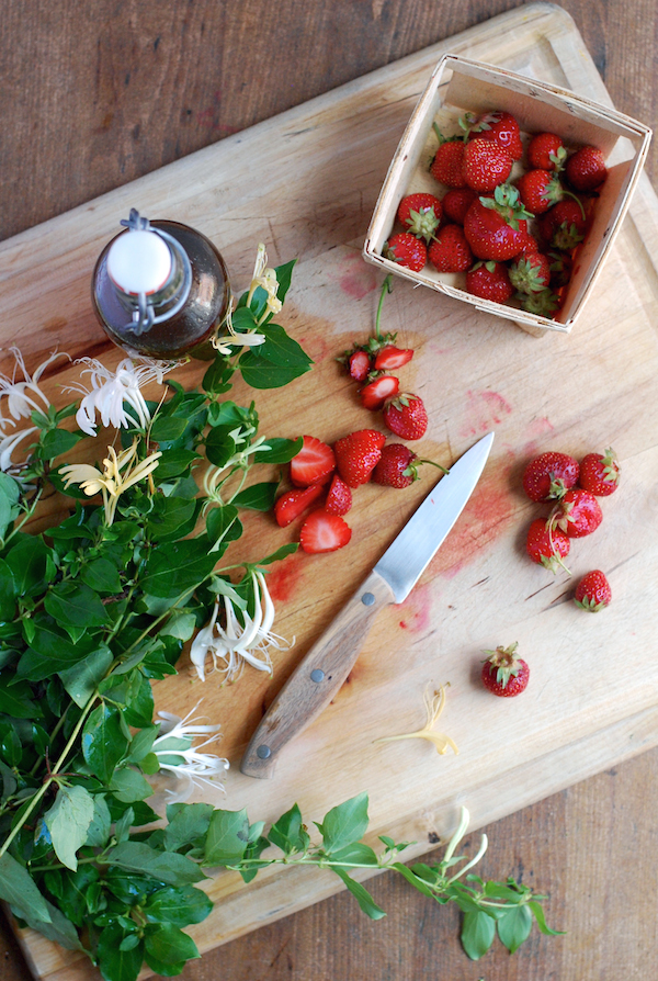 honeysuckle strawberry pavlovas // brooklyn supper