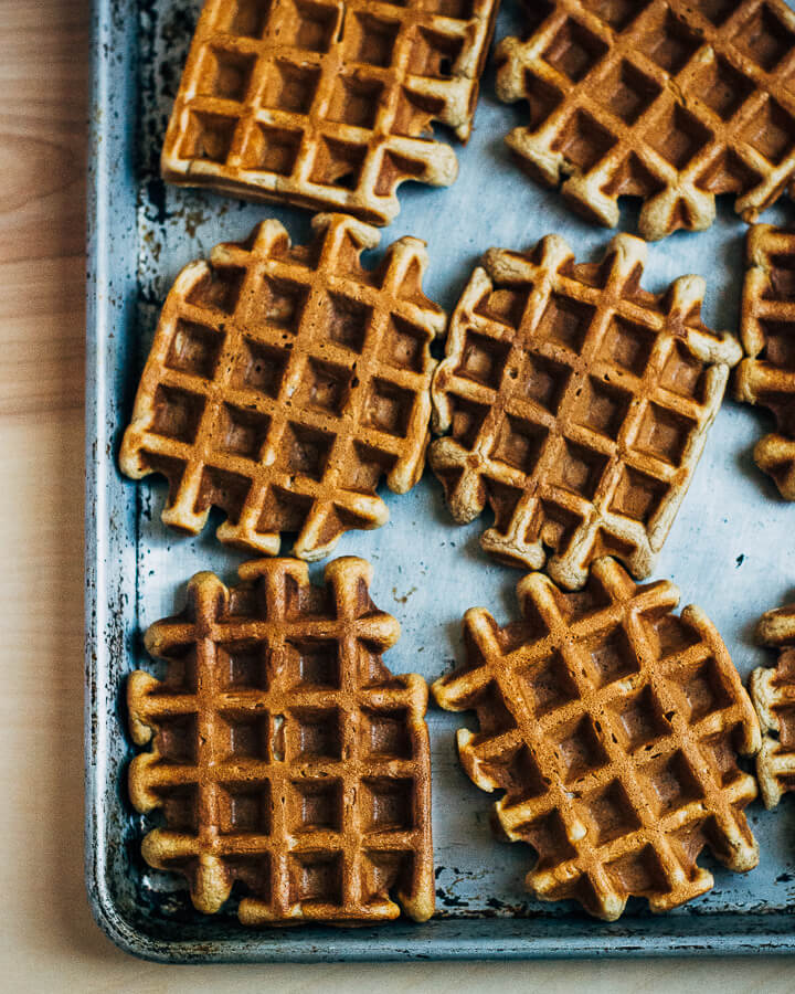 spiced apple waffles // brooklyn supper