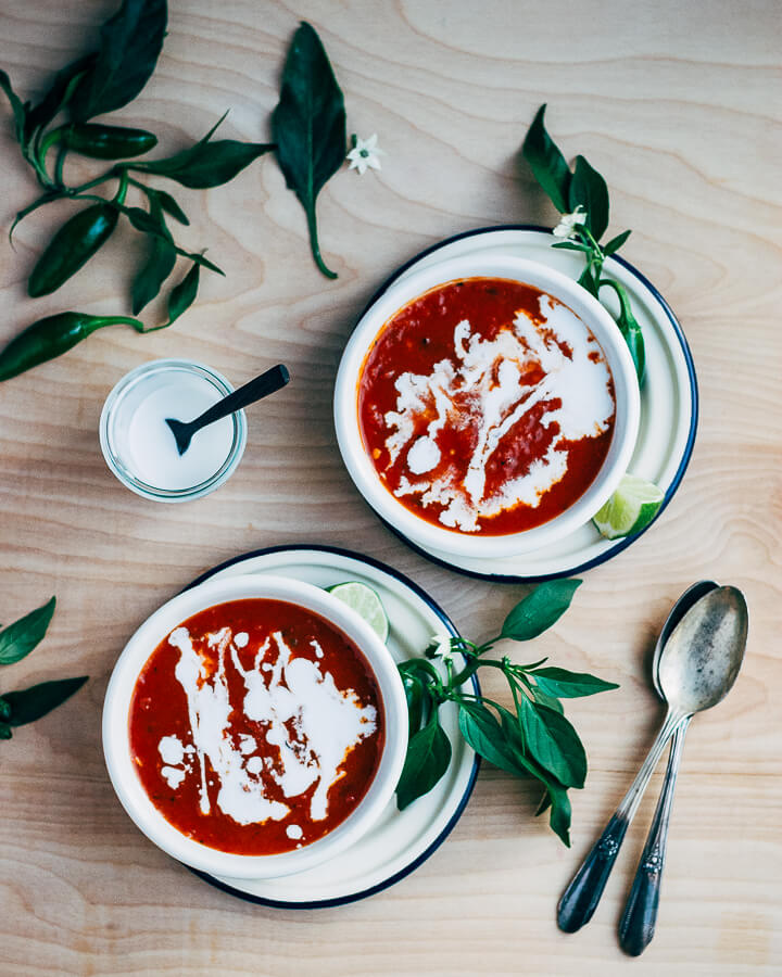 roasted red pepper and tomato soup // brooklyn supper